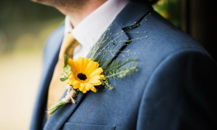 Descubra como escolher a lapela do noivo e ficar com o look sensacional