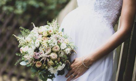 Vestidos para noivas grávidas: saiba como não errar na escolha