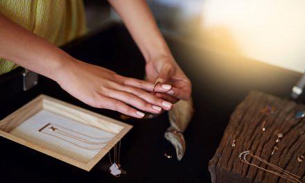 Saiba como escolher o anel de debutante sem erro