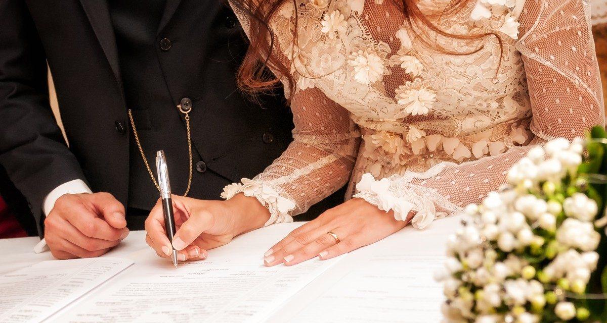Veja 4 ideias incríveis de vestido para casamento no civil
