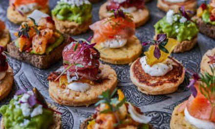 6 ideias incríveis para buffet de casamento no verão