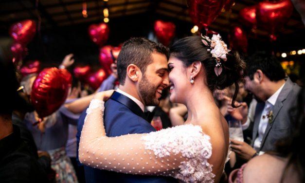 Como saber quais fornecedores de casamento contratar primeiro? Descubra agora!